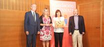 Serrano presenta la conferencia de Cristina Narbona organizada por la Fundación Doñana 21