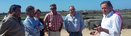 José Fiscal visita en Chiclana proyectos de diversificación del Parque Natural Bahía de Cádiz