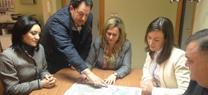 Serrano informa a los alcaldes de Monturque y Santaella de las obras de infraestructuras hidráulicas previstas en sus municipios