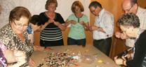 Personas mayores de Huércal-Overa y Cuevas del Almanzora aprenden a reciclar residuos con el programa Recapacicla