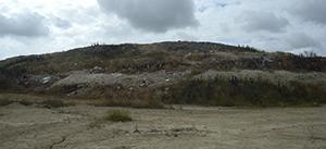Medio Ambiente finaliza el sellado y clausura de los vertederos localizados en las carreteras de Morón de la Frontera y Arahal
