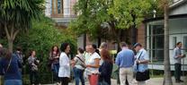 Los jardines románticos de Casa Rosa abren sus puertas al  público con un centenar de visitas