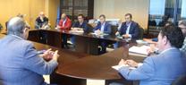 La Junta y el Ayuntamiento de Cádiz acuerdan la hoja de ruta para tramitar la permanencia de los chiringuitos durante la temporada de invierno