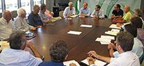 El director general de Urbanismo se reúne con representantes de promotores y constructores de Almería