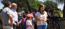 Los alumnos del entorno de Marismas del Odiel conocen el paraje natural a través del águila pescadora