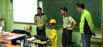 Agentes de Medio Ambiente fomenta los valores de respeto y conservación entre alumnos del colegio Santa Isabel de Almería
