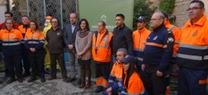 La Junta entrega material de protección y ayuda en la lucha contra el fuego a grupos de pronto auxilio
