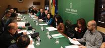 La delegada del Gobierno anuncia un aumento de efectivos del Plan Infoca y mejora de las condiciones laborales del personal