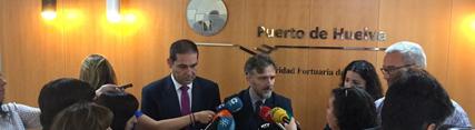 Fiscal aboga por reforzar la colaboración con el Puerto de Huelva para que consolide su apuesta por la sostenibilidad en esta etapa