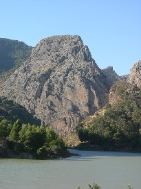 Río Guadalhorce. Presa del Embalse del Tajo de la Encantada