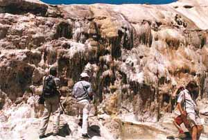 Travertinos de sal en el desierto de Tabernas