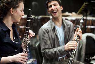 La orquesta une a jóvenes árabes, israelíes y españoles.
