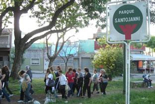 Ciudadanos de Buenos Aires (Argentina) durante una de las caminatas dentro del proyecto 'Por un millón de pasos'.