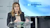 La presidenta de la Junta reivindica el papel de los medios de comunicación públicos