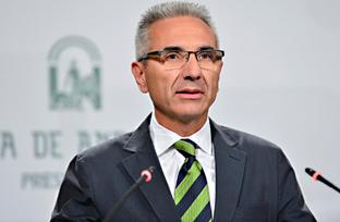 Vázquez informa sobre el nuevo decreto regulador del Registro de Turismo de Andalucía