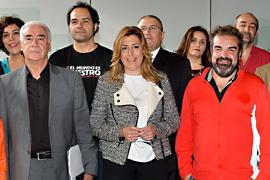 Díaz y Alonso, junto a los representantes del sector del cine.