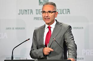 Vázquez informa sobre la ampliación de la composición de su tribunal especializado en recursos y reclamaciones de contratación pública
