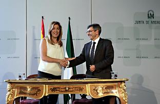 Firma del convenio entre la Junta de Andalucía y Vodafone (Acto íntegro)
