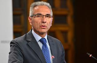 Vázquez señala que la Consejería de Justicia reforzará la conexión de los sistemas informáticos judiciales en Andalucía
