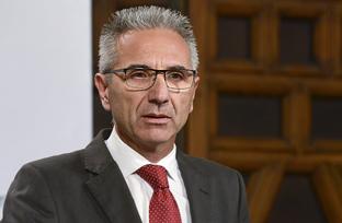 Vázquez informa sobre la autorización del Consejo de 10,65 millones para programas de I+D+i en las universidades de Sevilla y Córdoba