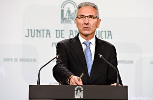 Vázquez informa sobre la mejora de caminos rurales con una partida de 6,7 millones