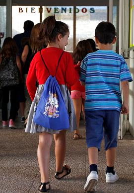 La Junta dispone de un servicio especializado en adopción nacional e internacional. (Foto EFE)