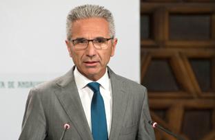 Vázquez informa sobre los 20 millones aprobados para incentivos al fomento del ahorro energético y el uso de fuentes renovables