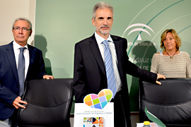 El consejero de Salud, Aquilino Alonso, informó sobre las donaciones de órganos en Andalucía en los siete primeros meses del año.