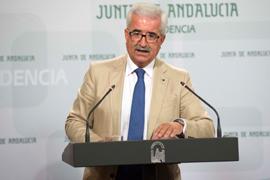 Jiménez Barrios, en su comparecencia ante los medios para informar de los asuntos aprobados y valorados por el Consejo de Gobierno.