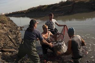 \u0027La sal pesquera de la Bahía de Cádiz\u0027, de Laura Léon Gómez, galardonada en la modalidad de Fotografía.