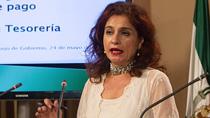 Montero expone el sistema para asegurar el pago a 20 días en los sectores de salud, educación y servicios sociales