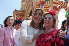 Susana Díaz, durante su visita a la Feria de Córdoba. (Foto EFE)