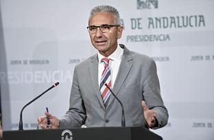 Vázquez explica el decreto regulador de las nuevas enseñanzas de Formación Profesional Básica en Andalucía