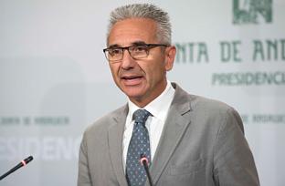 Vázquez informa sobre el plan para reforzar el apoyo a los menores con enfermedades graves y a sus familias