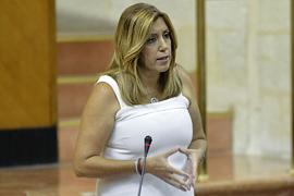 Susana Díaz, durante la sesión de control al Gobierno en el Pleno del Parlamento andaluz.