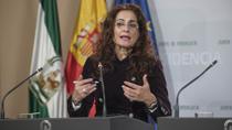 Montero informa sobre el cumplimiento del calendario de recuperación de los derechos de los empleados públicos