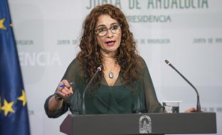 """María Jesús Montero urge a abordar la """"insuficiencia de recursos"""" que otorga a las comunidades el actual sistema de financiación."""