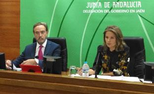 Felipe López y Ana Cobo, en la presentación de los presupuestos de Andalucía para 2018 en la provincia de Jaén.