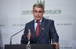 Blanco anuncia el refuerzo con 200 nuevas plazas para los centros de acogida inmediata de menores extranjeros no acompañados