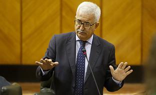 Jiménez Barrios, en el Pleno del Parlamento.