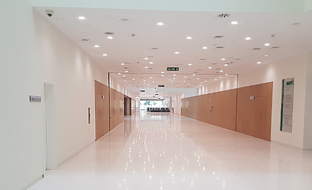 Interior de la Ciudad de la Justicia de Córdoba.