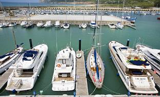 El Puerto de Barbate, en Cádiz, uno de los que será remodelado en 2018.