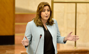 Díaz avanzó el acuerdo sobre enseñanza pública en el pleno del Parlamento.