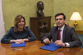 Susana Díaz y Francisco Cuenca, durante su reunión en el Ayuntamiento de Granada.