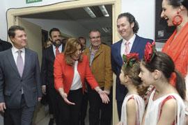 Susana Díaz, junto al presidente de Castilla-La Mancha, durante la inauguración de la Casa de Andalucía.