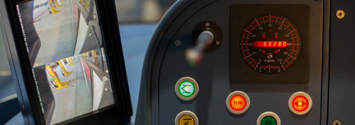 El conductor tiene el control absoluto sobre el vehículo y sobre los elementos de la conducción.