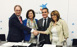 María José Sánchez Rubio, tras la firma del convenio.