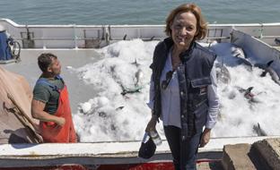 La consejera de Agricultura, Pesca y Desarrollo Rural, Carmen Ortiz, asistió a una \u0027levantá\u0027 de atún rojo con la almadraba de Barbate (Cádiz).