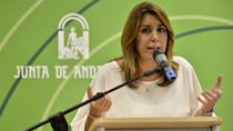 Díaz resalta que la jornada de 35 horas ha permitido contratar a más de 3.000 sanitarios y 2.400 docentes