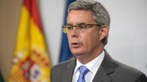 Blanco informa sobre la oferta pública de empleo del Servicio Andaluz de Salud para 2017 con 3.553 plazas